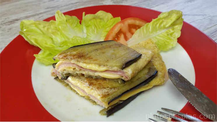 Sándwich mixto de berenjena